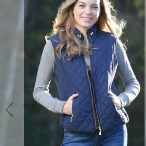 Avenue women's blue quilted sleevless vest